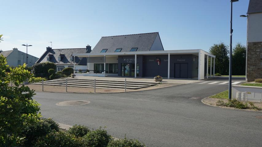 La mairie de Tréglamus a choisi la solution de sites web Sempleo en mai 2021.