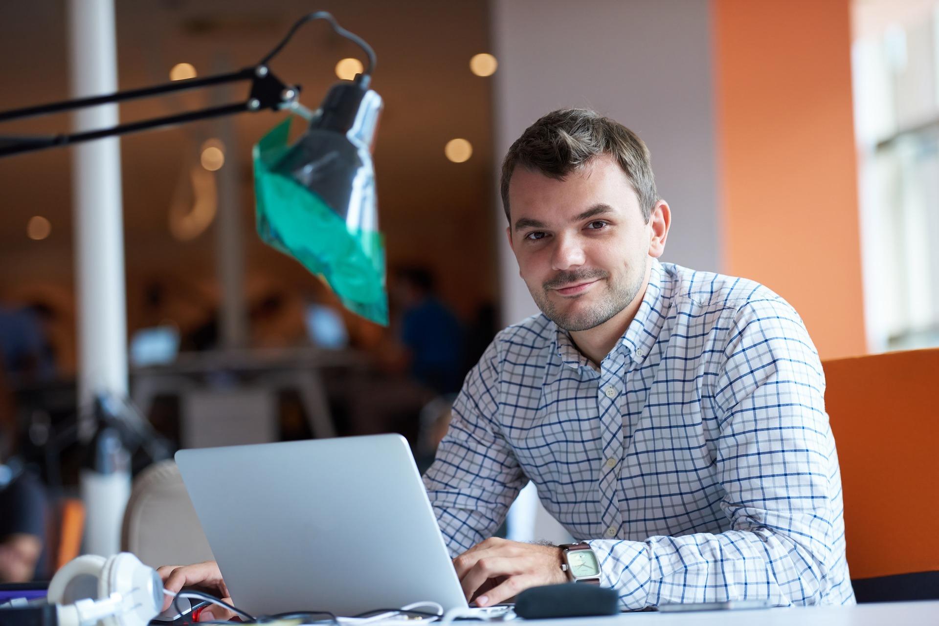 L'offre de site internet Sempleo offre de nombreux services inclus.